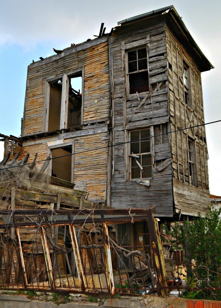 Another house in disrepair.