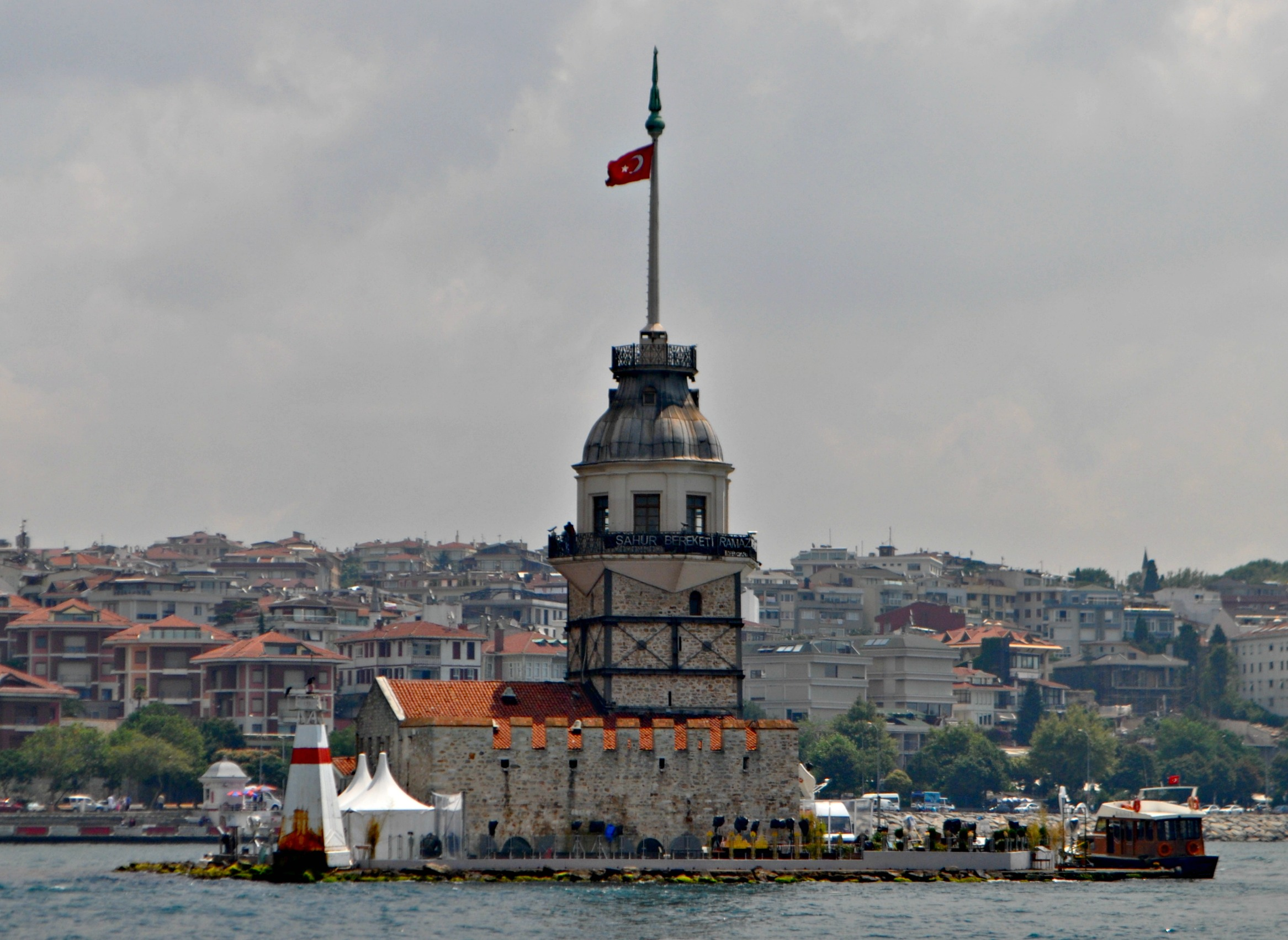 A close up of the Maiden's Tower.