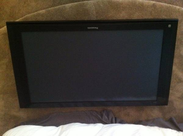 50 inch tv with stand, remote and HDMI cable for 200 dollars or best offer.